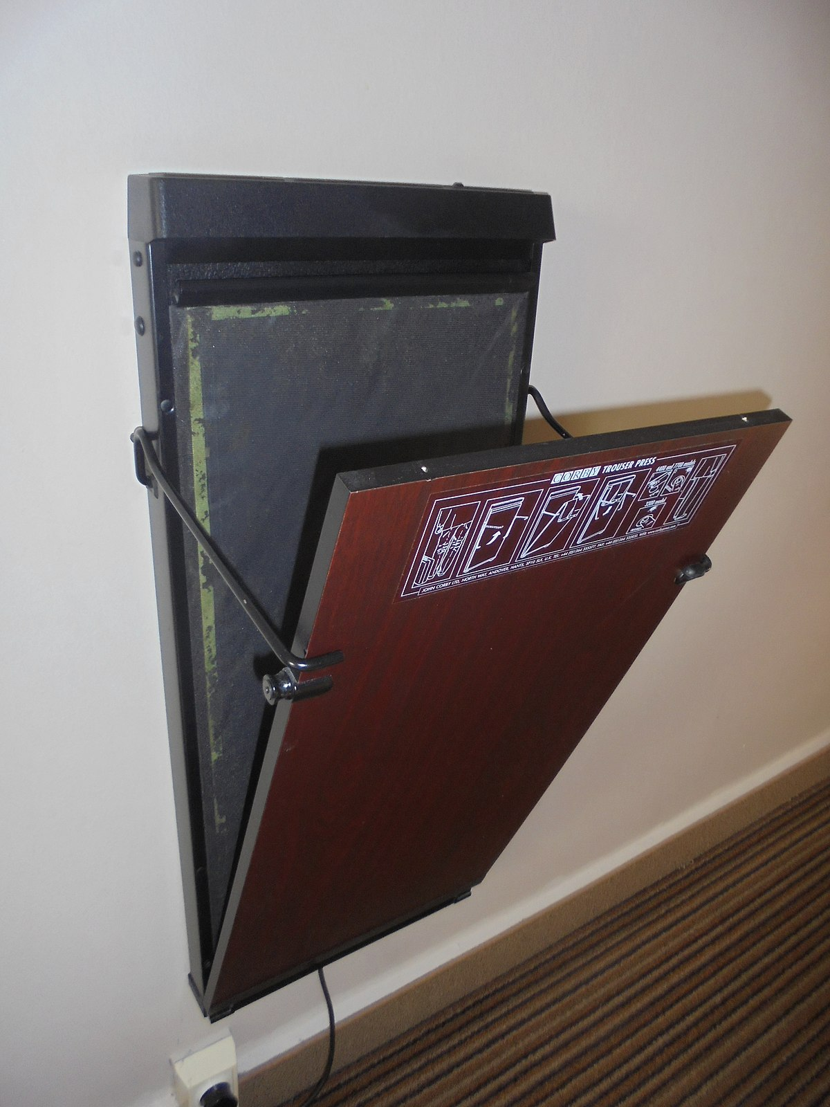 corby trouser press instructions
