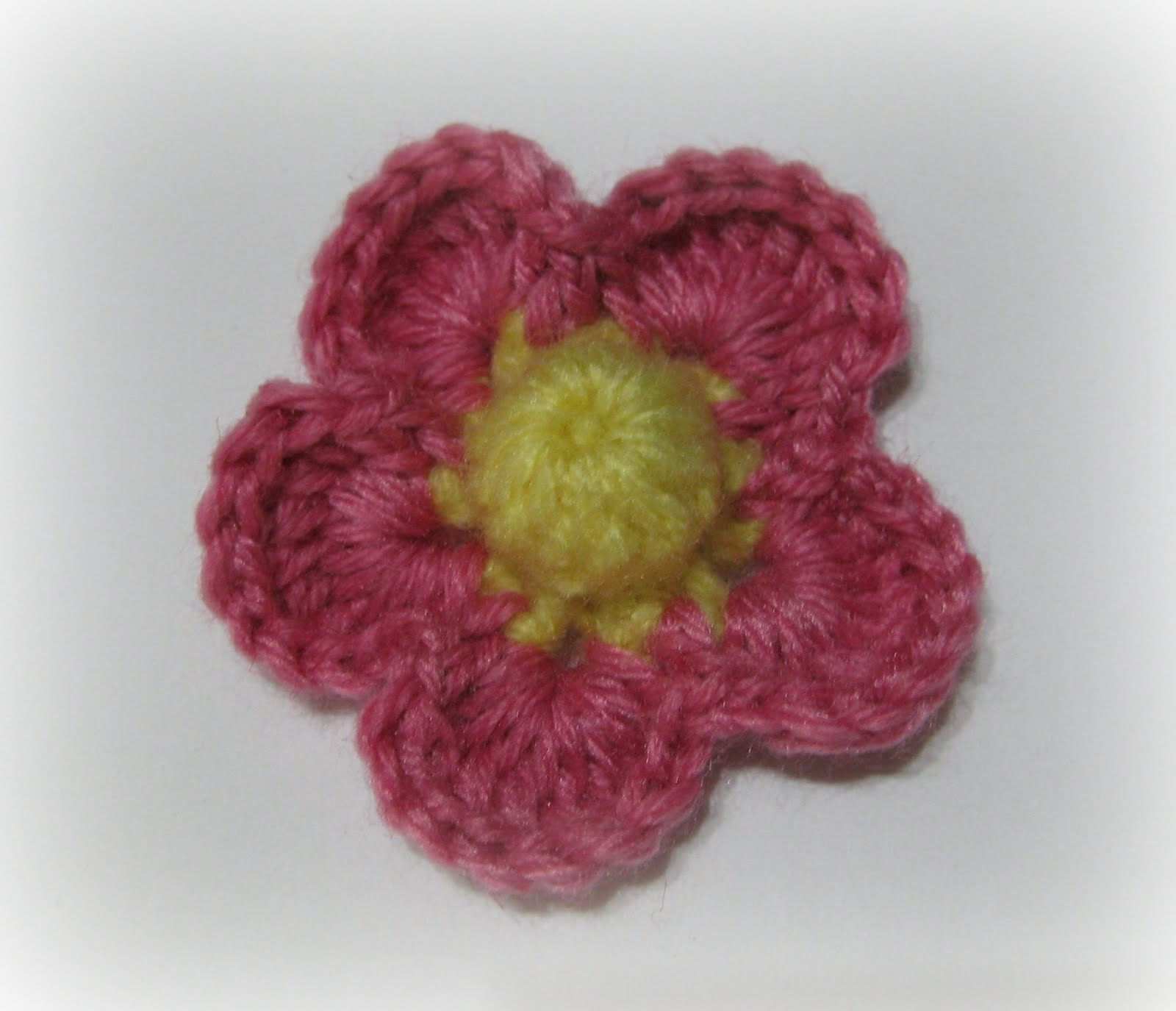 beginner crochet flowers instructions